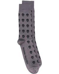 Alexander McQueen - Calcetines con motivo de calavera - Lyst