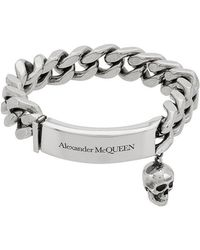 Alexander McQueen - Bracciale con teschio pendente - Lyst