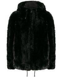 DKNY フーデッド エコファージャケット - ブラック