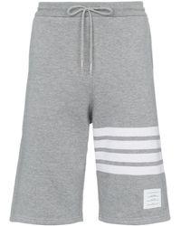 Thom Browne Shorts con quattro righe - Grigio