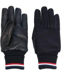 Moncler ロゴパッチ 手袋 - ブルー
