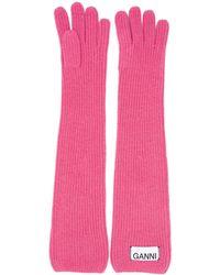 Ganni Gerippte Handschuhe mit Logo - Pink