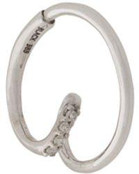 Maria Black Orecchino a cerchio Acrobat in oro bianco 14kt con diamanti - Metallizzato