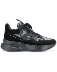 Alexander McQueen Slip-on Sneakers - Zwart