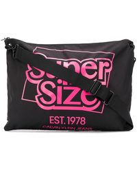 CALVIN KLEIN JEANS EST. 1978 Supersize Shoulder Bag - Black