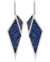 Kavant & Sharart Orecchini Origami in oro bianco 18kt con diamanti e zaffiri - Blu