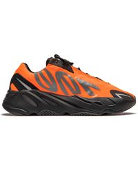 Yeezy Baskets Yeezy Boost 700 MNVN Orange
