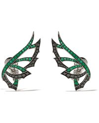 Stephen Webster - 18kt White Gold Magnipheasant Diamond And Emerald Earrings - Lyst