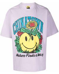Chinatown Market Smiley Planter Tシャツ - パープル