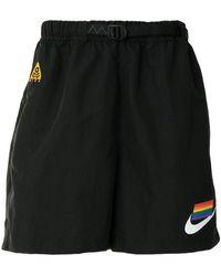 Nike 'ACG' Laufshorts mit Regenbogenflagge - Schwarz