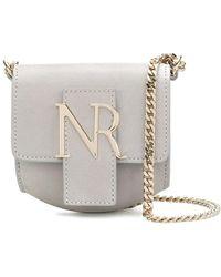 Nina Ricci Bolso de hombro mini con placa del logo - Gris