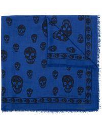 Alexander McQueen Pañuelo con estampado de calavera - Azul