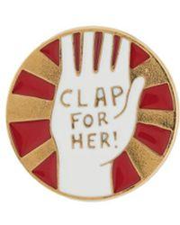 Chloé Pin con motivo de mano - Metálico