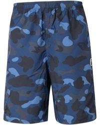 A Bathing Ape Color Camo ボードショーツ - ブルー