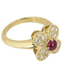 Van Cleef & Arpels Pre-owned 18kt Yellow Gold Ruby Diamond Alhambra Ring - Red