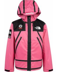 Supreme X The North Face Jacke - Pink