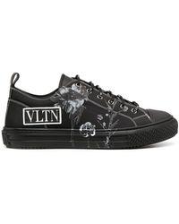 Valentino Garavani - Vltn-print Low-top Sneakers - Lyst
