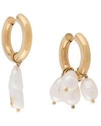 Timeless Pearly Pearl-embellished Hoop Earrings - マルチカラー