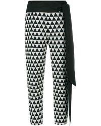 Chalayan Pantalones capri con estampado de triángulos - Negro