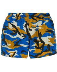 Prada Zwembroek Met Camouflageprint - Blauw