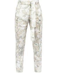 Pinko Broek Met Camouflageprint - Wit