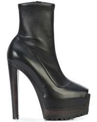 Vera Wang Platform Heels - Black