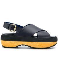 Marni - Sandalen mit überkreuzten Riemen - Lyst