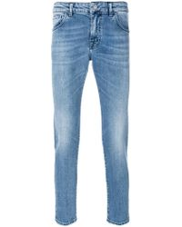 Entre Amis | Light-wash Fitted Jeans | Lyst