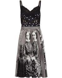 Burberry グラフィック プリーツドレス - ブラック
