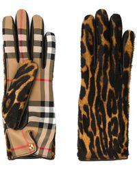 Burberry Перчатки В Клетку С Леопардовым Принтом - Коричневый