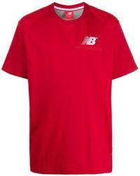 New Balance ロゴ Tシャツ - レッド
