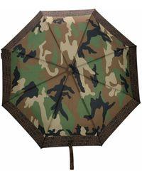 Moschino Paraguas con estampado militar - Verde