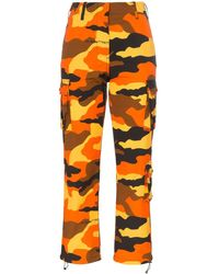 Off-White c/o Virgil Abloh Cargohose mit Camouflage-Print - Orange
