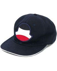 Moncler ロゴパッチ キャップ - ブルー