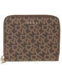 DKNY Bryant Small Zip Around Wallet - Marron