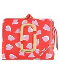 Marc Jacobs Portefeuille rouge Mini Snapshot Hearts Compact