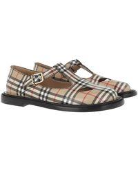 Burberry Chaussures à bride en T en cuir Vintage check - Neutre