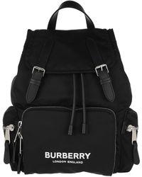 Burberry Sac The Rucksack moyen en ECONYL® avec logo - Noir
