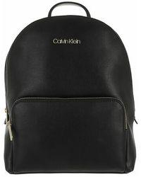 Calvin Klein Must Campus Backpack With Poet Medium - Black