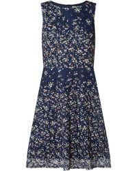 Apricot Kleid aus Spitze mit floralem Muster - Blau