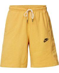 Nike Standard Fit Bermudas mit elastischem Bund - Gelb