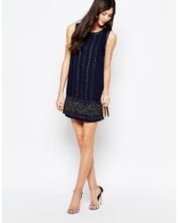 Aryn K. Sleeveless Shift Dress With Chain Print Detail - Lyst