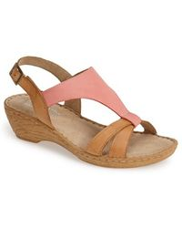 Bella Vita 'Gubbio' Leather Wedge Sandal - Lyst