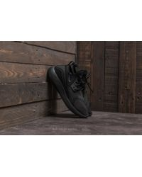 Nike - Lunarcharge Essential W Black/ Dark Grey-black-volt - Lyst