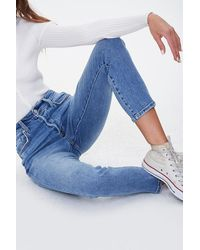 Forever 21 Button-fly Mom Jeans In Medium Denim, Size 27 - Blue