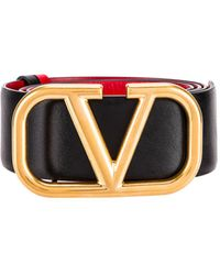Valentino Garavani Garavani Logo Belt in Nero & Rouge Pur - Black. Size 65 (also in 70, 75, 80, 85). - Mehrfarbig