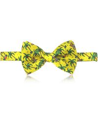 Moschino - Yellow Palms And Teddy Bears Printed Twill Silk Pre Tied Bow Tie - Lyst
