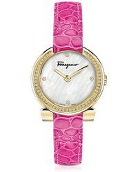 Ferragamo Gancino Gold IP Damenuhr aus Edelstahl und Perlmutt mit Diamanten und Krokoarmband in pink - Mettallic