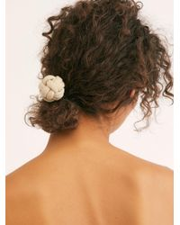 Free People Sailors Knot Pony - Natural