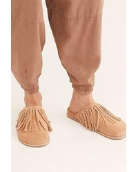 Free People Odessa Fringed Footbed Slides By Fp Collection - Natural